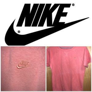 Nike pink woman's embroidered t shirt